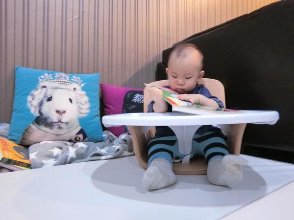 ♥育兒好物分享♥Creative Baby 創寶貝全新一代的木頭成長椅/餐椅