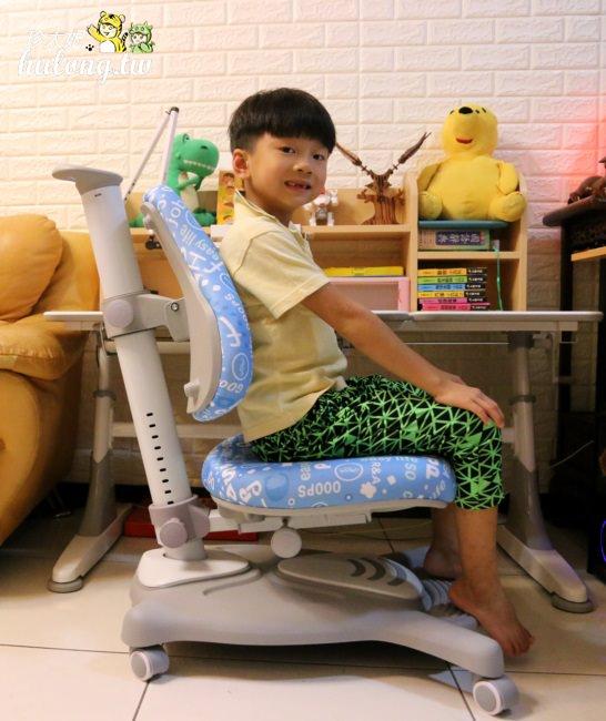 陪孩子一起長大的生活誠品可升降多功能兒童成長書桌椅 | 人體工學椅!