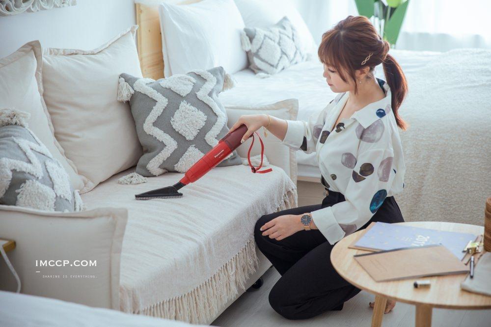 日本除塵神器Panasonic MC-SBU1F 無線輕巧美型隨身吸塵器
