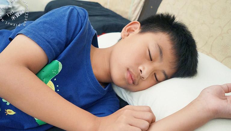 鈴木太太 日本王樣雲上枕┃給睡眠更多的幸福感,溫柔托起肩頸